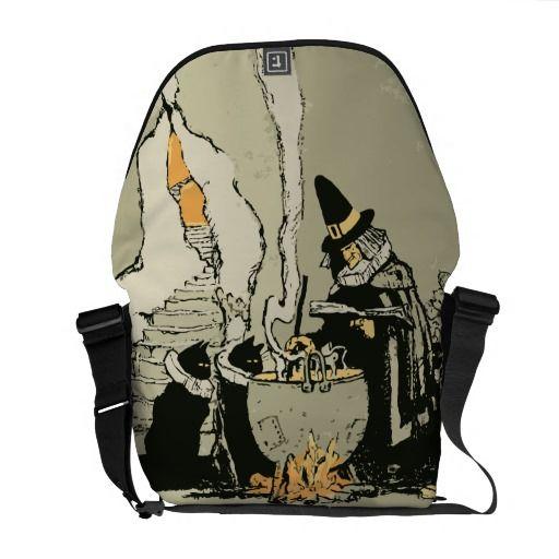 Vintage Halloween, Bolsa Messenger con ilustración de bruja con la caldera y sus  gatos negros | #halloweengifts #halloweenparty #halloweentie #witchcraft #wicked #witches #blackcats #halloweenbag