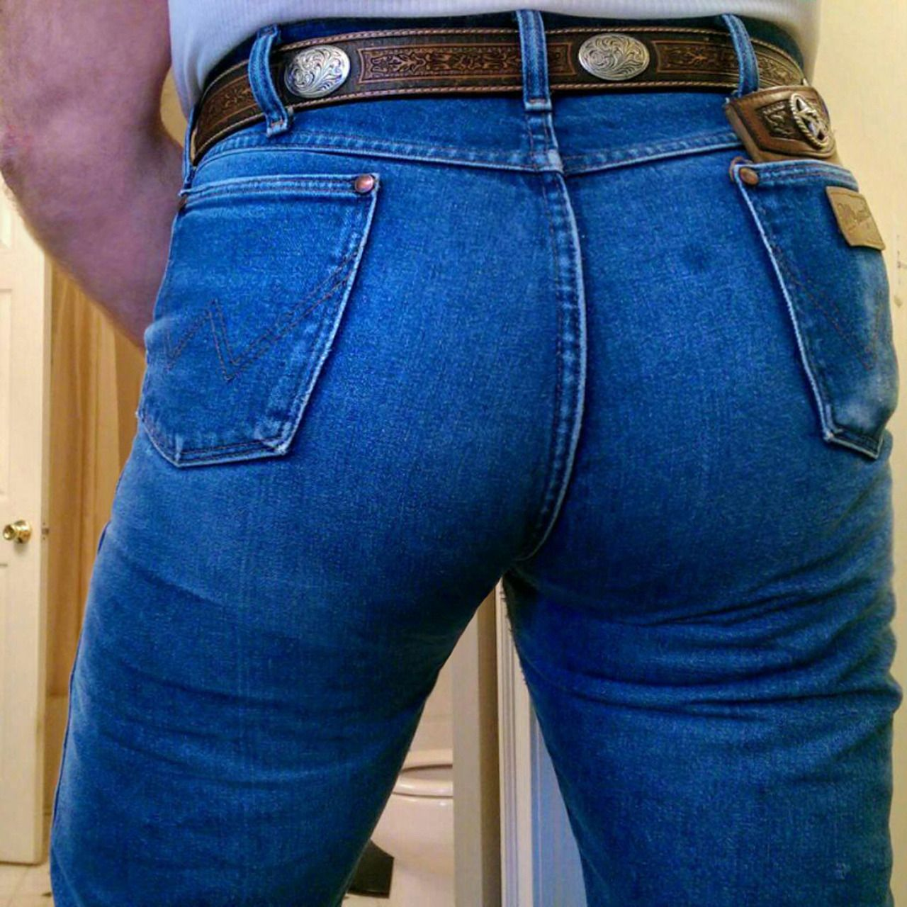 thewranglerbutts wrangler the sexiest jeans ever made wrangler butts drive us nuts follow me. Black Bedroom Furniture Sets. Home Design Ideas