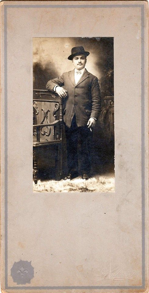 Cabinet cards dating
