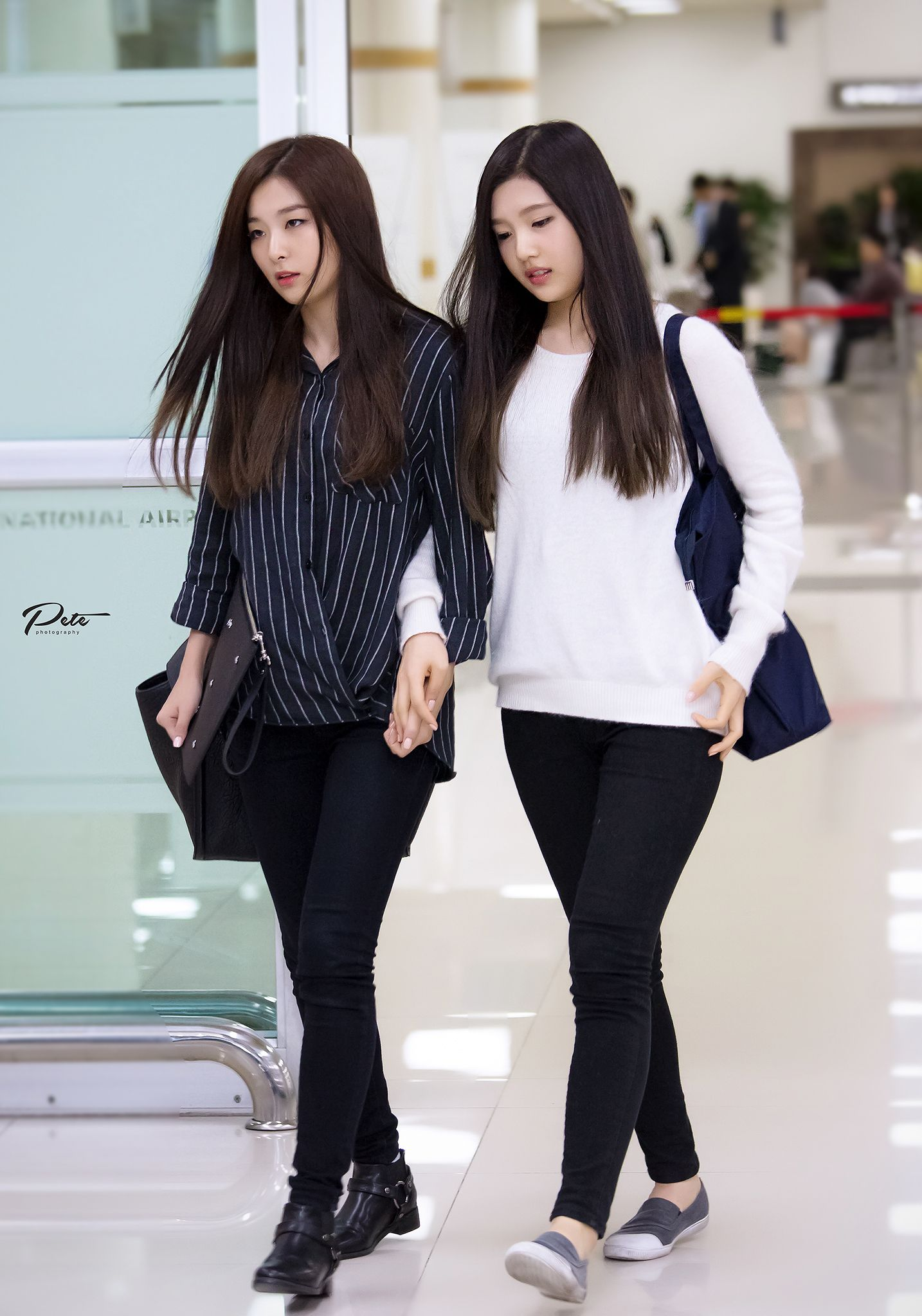 Red Velvet Seulgi Joy Airport Fashion 141006 2014 Kpop Pakaian Bandara Pakaian Selebritas