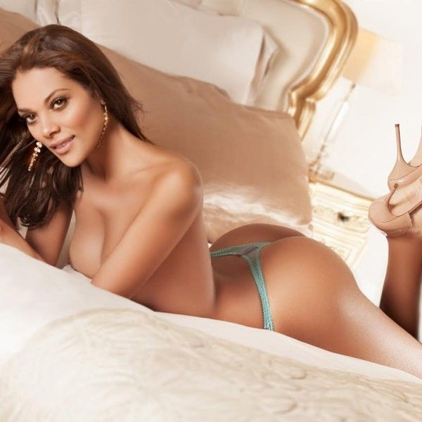 tugging most beautiful escorts