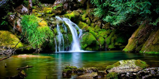 Hd Wallpapers Free Download Waterfall Scenery Waterfall Wallpaper Beautiful Nature Wallpaper Beautiful scene hd wallpaper download