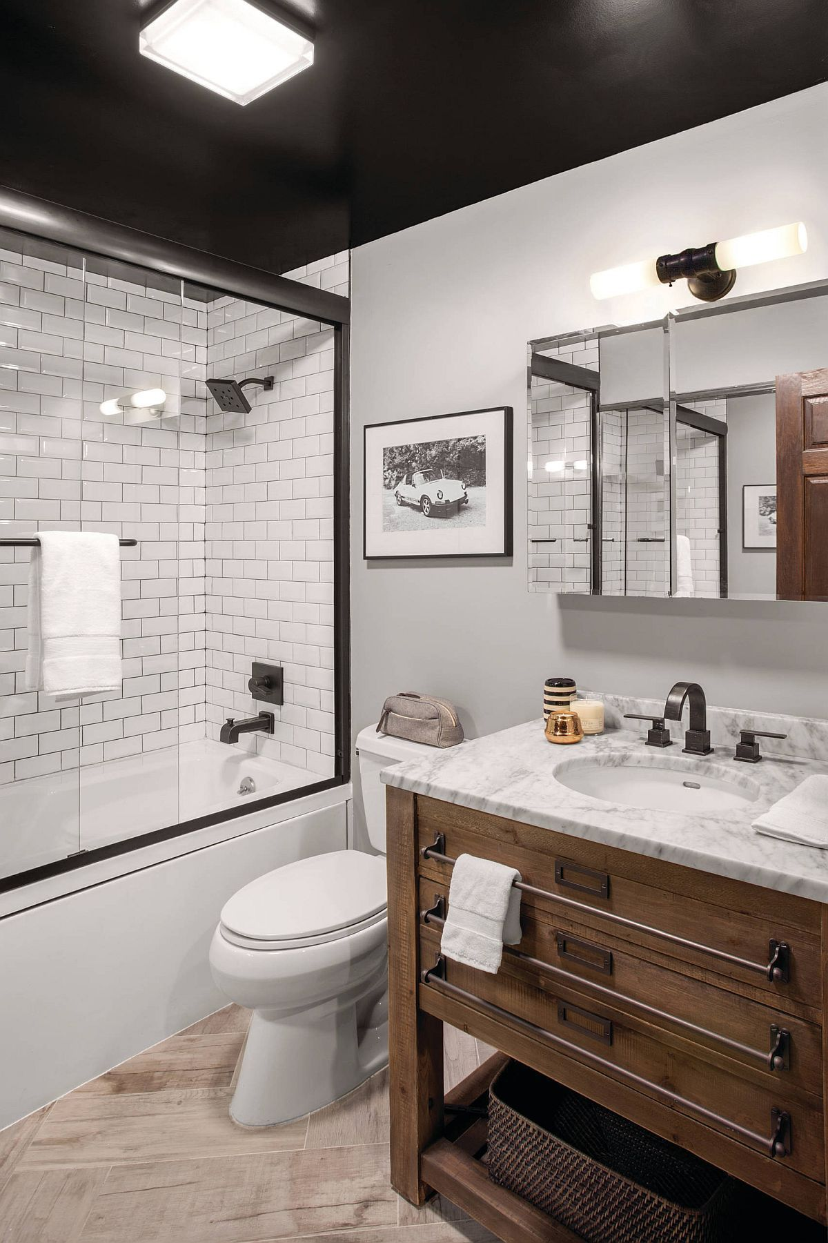 Rustikale Bäder Small Rustic Bathrooms: 15 Great Ideas For Everyone - New Ideas#bathrooms #great...#bathrooms #great #ideas … | Rustikale Bäder, Badezimmer Klein, Doppelwaschbecken