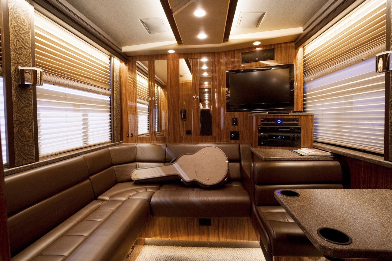 One direction tour bus interior - Find This Pin And More On Tour Buses By Rebelmann
