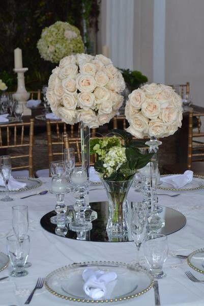 Cristal y rosas una opcion elegante para detalles sobre - Cristales para mesa ...