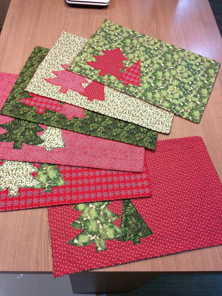 Christmas Placemats Christmas Placemats Christmas Sewing Projects Christmas Patchwork