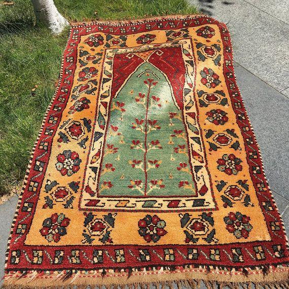 Antique Manastir Prayer Rug / Anatolian Rug / Folk Art Rug / Prayer Mat /  Area