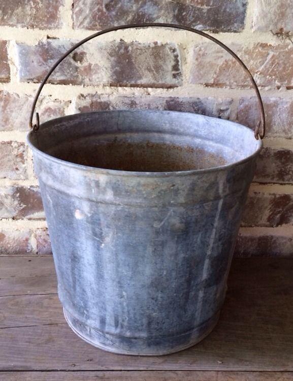 Vintage Galvanized Metal Fence Top Finial Fence Post: Old Vintage Galvanized Metal Well / Feed Bucket