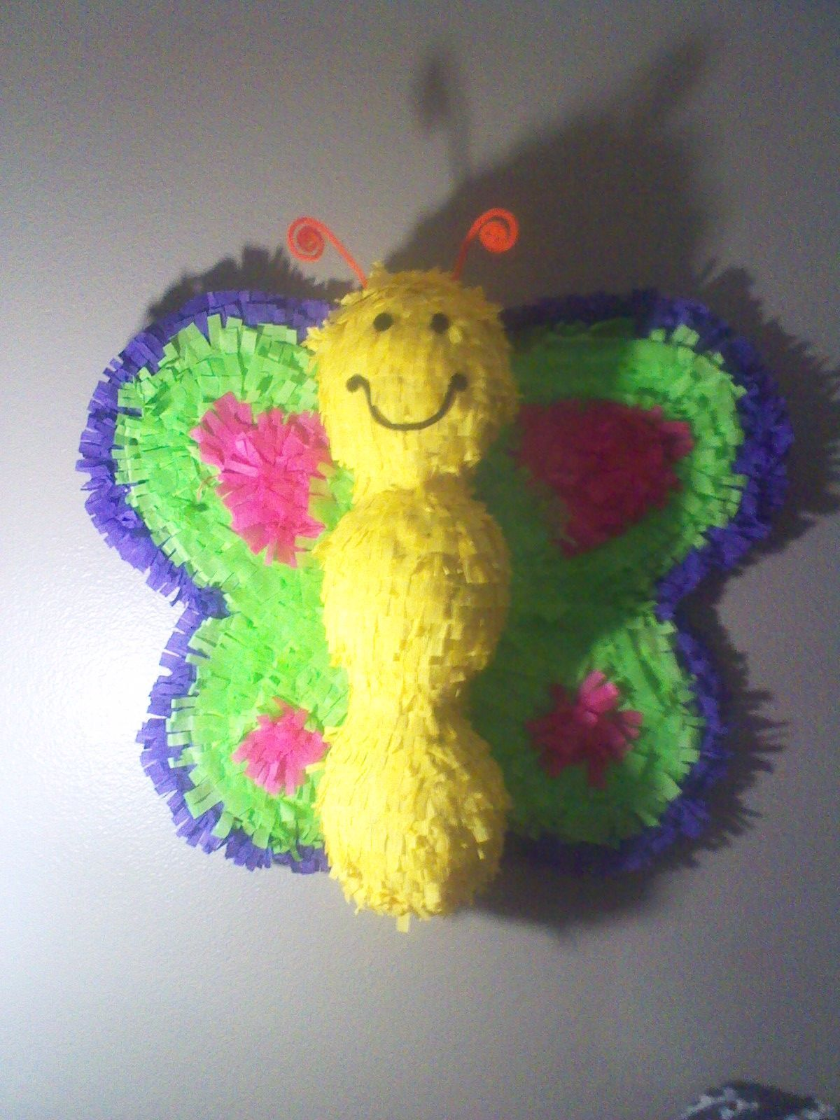 Diy butterfly pinata pickelbaums projects birthday party diy butterfly pinata pickelbaums projects birthday solutioingenieria Images