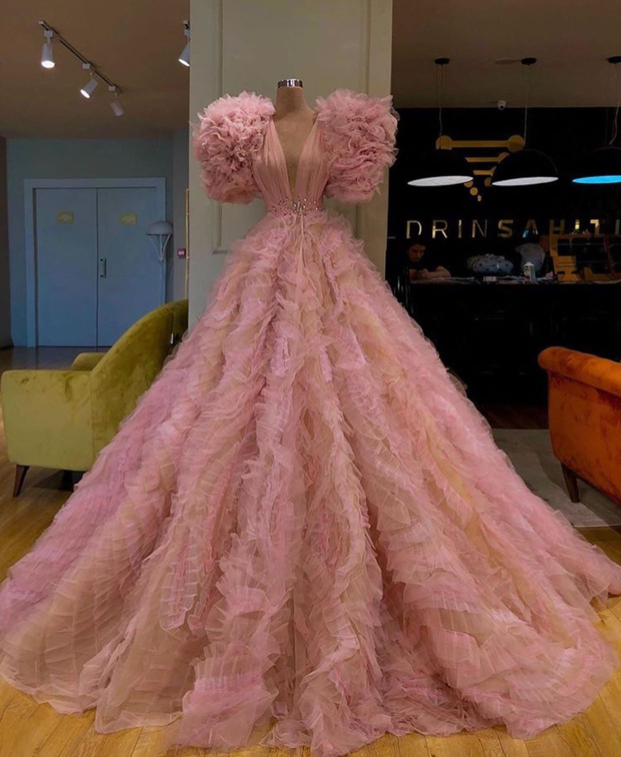 Pink Couture Gown Extra Fluffy Gowns Dresses Pretty Dresses [ 1514 x 1242 Pixel ]