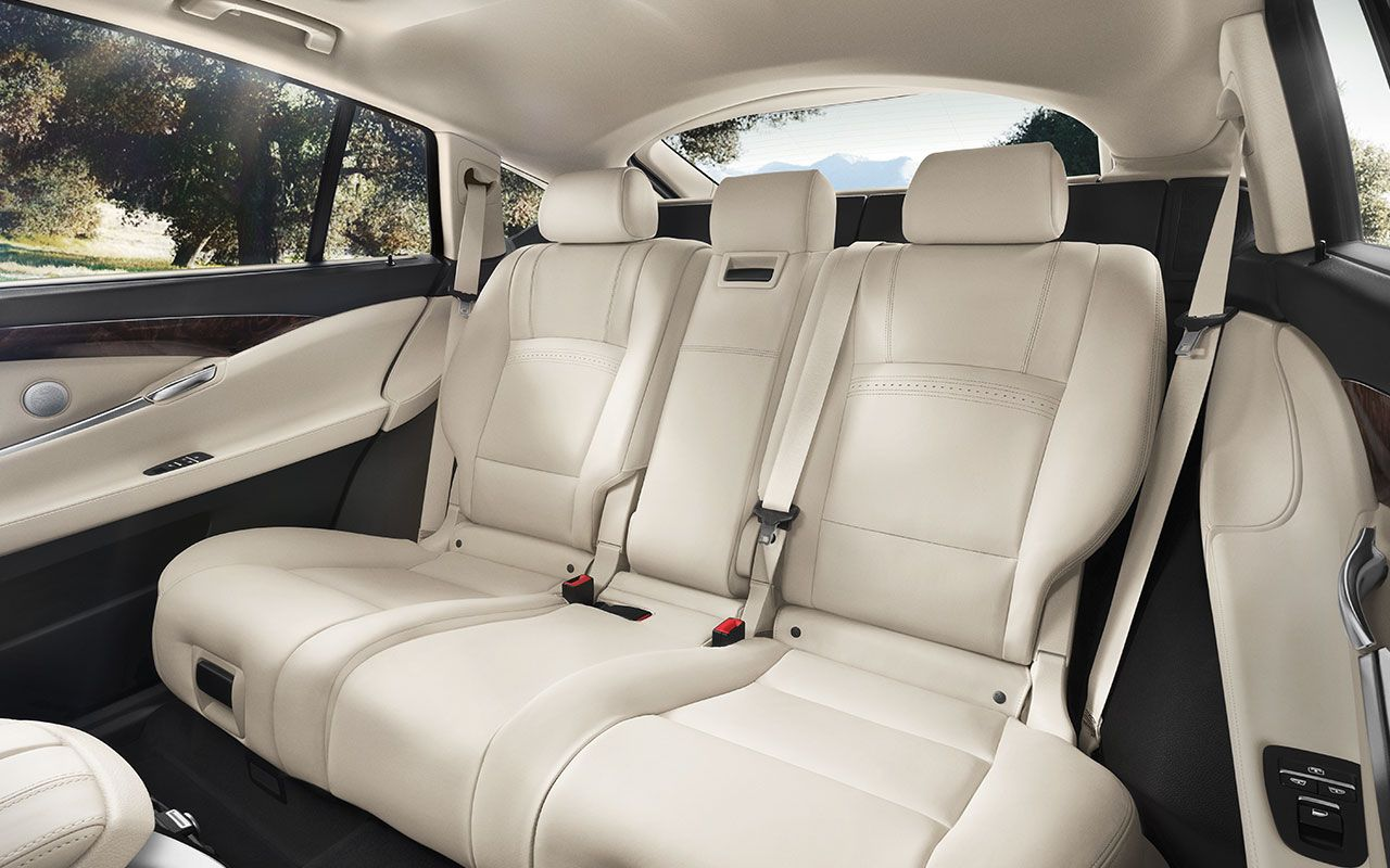 Ivory Nappa Leather Rear Seat In The 2016 Bmw 535i Gran Turismo