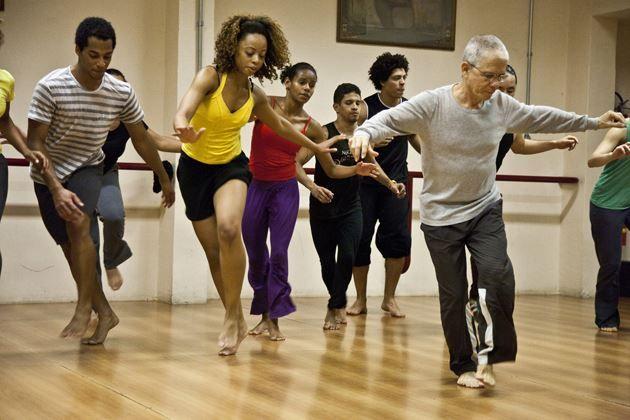 A Cia Antônio Nóbrega de Dança promoverá, no dia 8 de março, encontro com a nutricionista funcional Rejane Rovito e o educador físico Daniel Pesse Cândido.