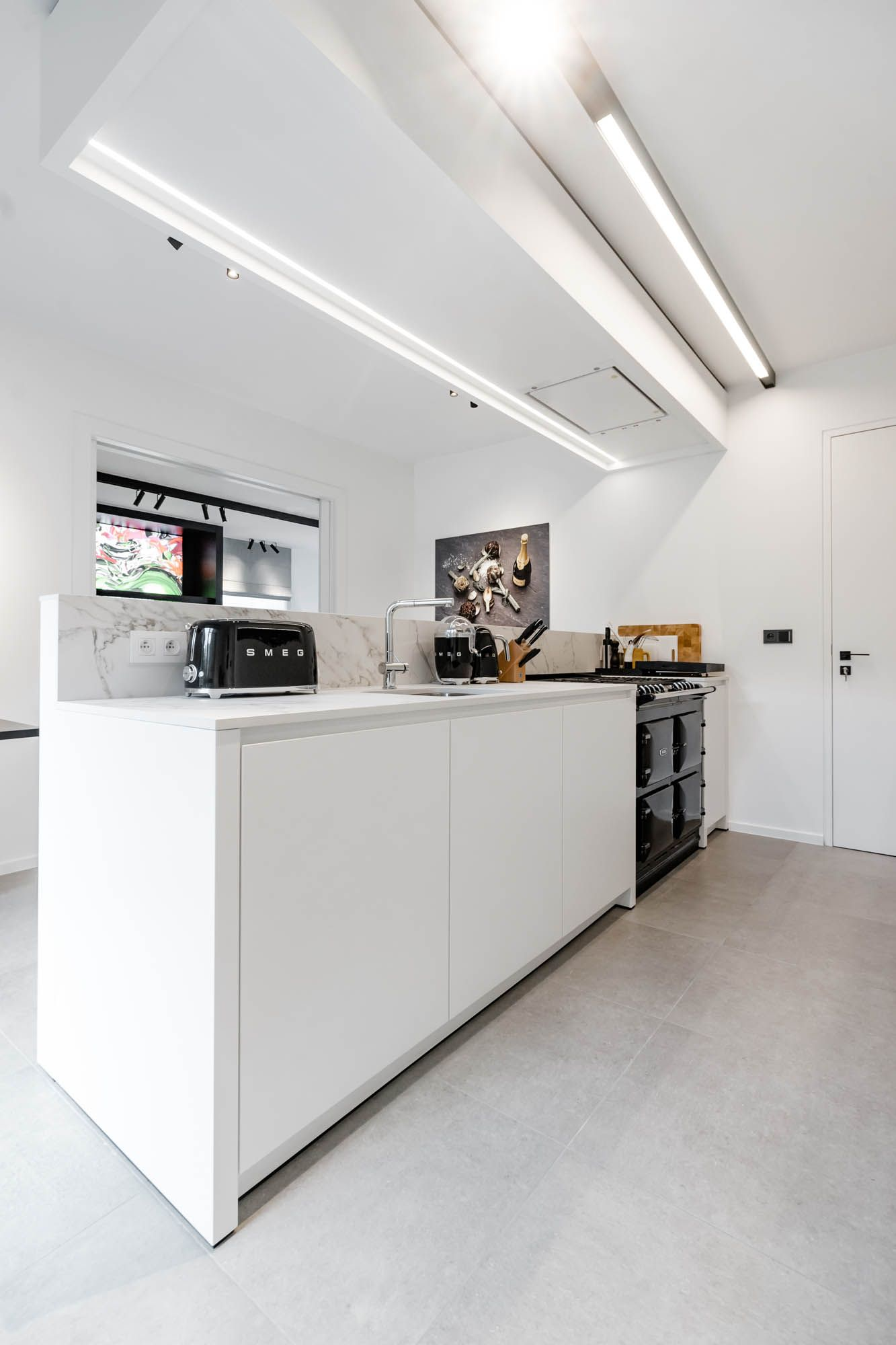 white kitchen LED profile lighting design architecture kitchen ...