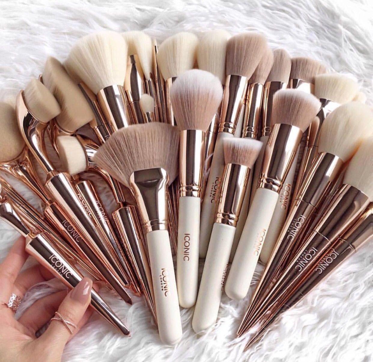 Rose Gold Makeup Brushes (InspobyT) Золотой макияж