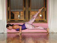 Mit Yoga Unterbauchfett dauerhaft loswerden #pilatesvideo