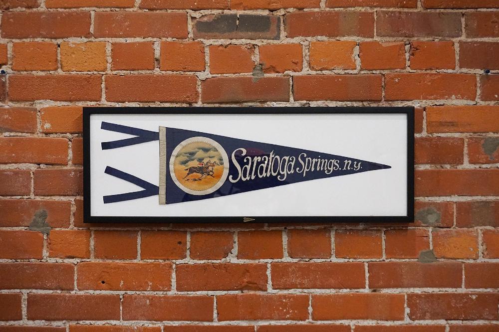 Vintage Saratoga Springs, New York - Framed – Oxford Pennant
