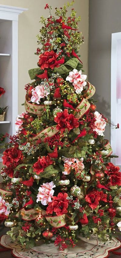 Christmas Tree ● Red Birds & Flowers
