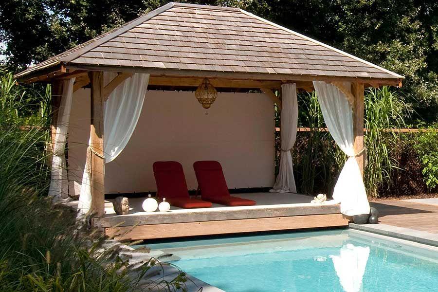 Les poolhouses pour se relaxer au bord de votre piscine for Ossature bois pour piscine