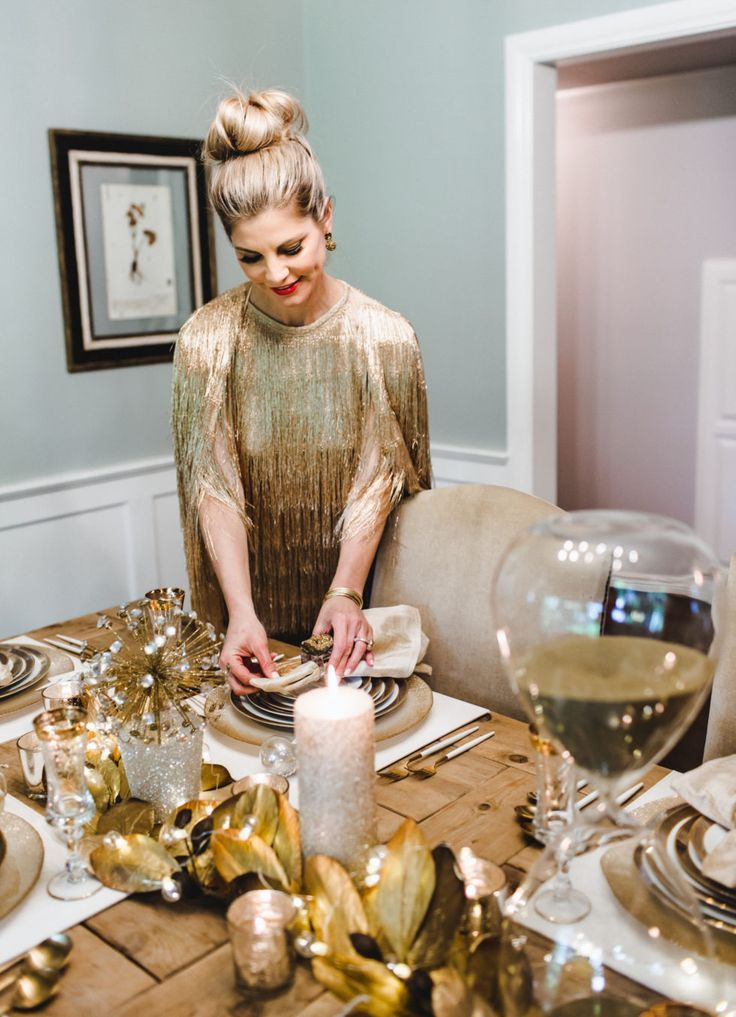 A Sparkly, Gold and Glamorous New Year's Eve Dinner and