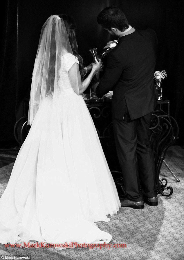 Never Before Seen Photos Of Jessa Duggar And Ben Seewalds Wedding