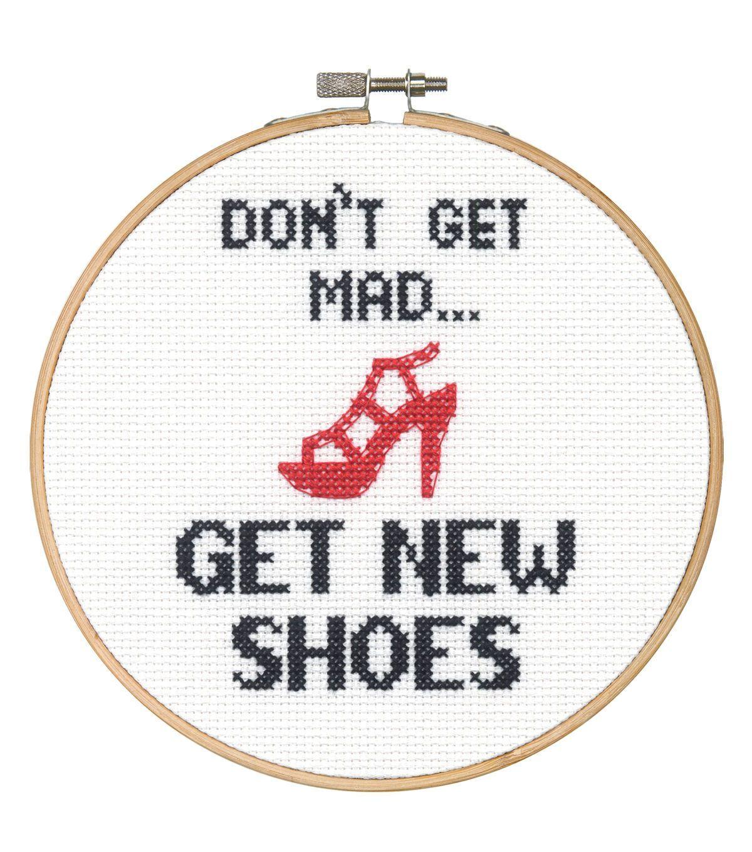 Say It! in cross stitch-Shoes   Bordados   Pinterest   Bordado ...