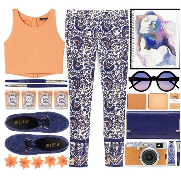 A fashion look from December 2013 featuring Tory Burch jeans, Bibi Lou sandals and Lanvin wallets. Browse and shop related looks.