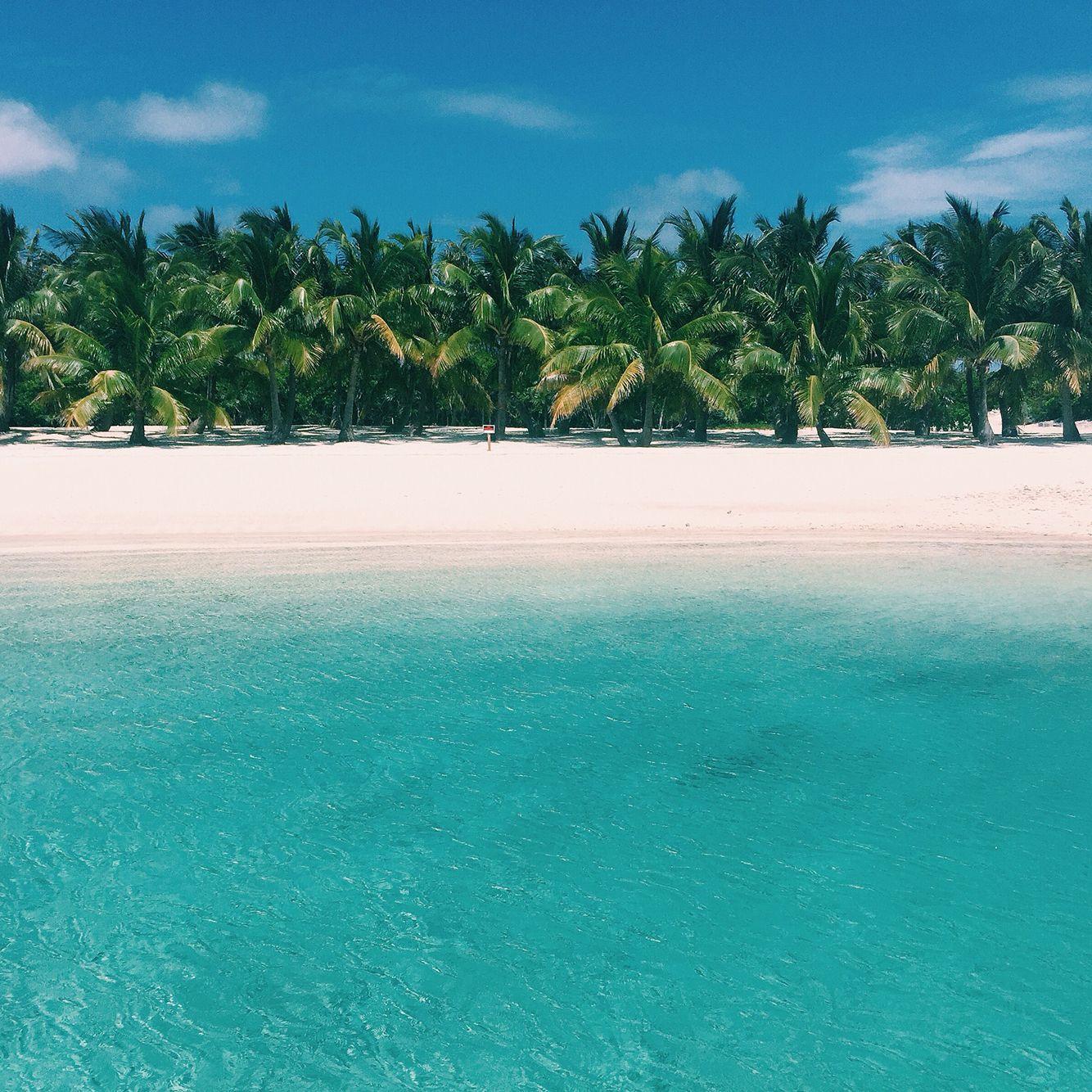 Staniel Cay Bahamas www.abikiniaday.com