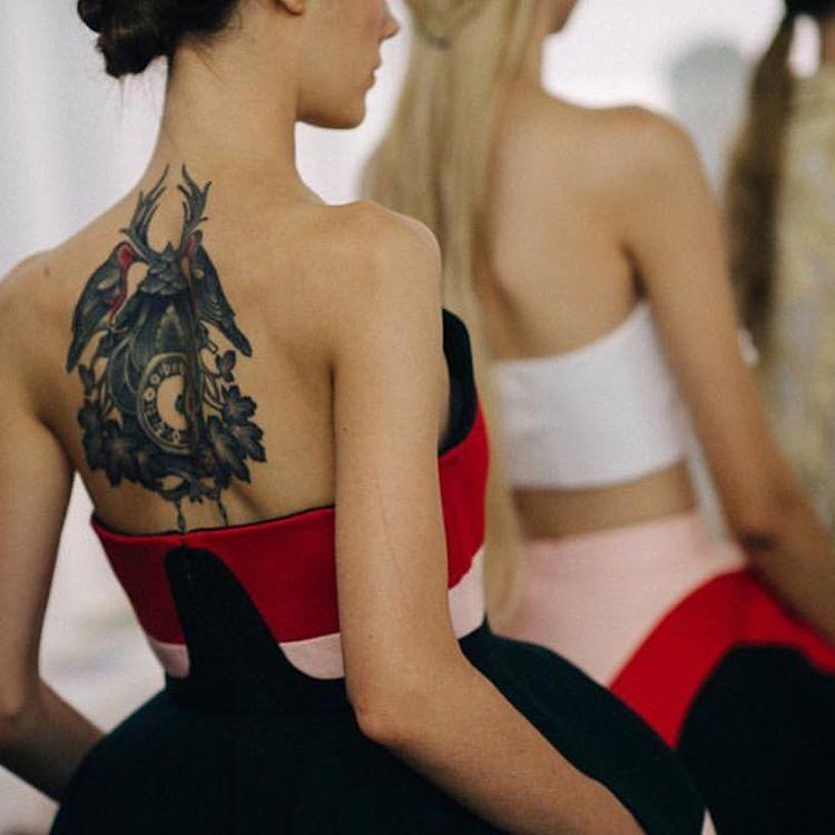 ❤️ @le21eme #adamkatzsinding #delpozo #backstage #fashionweek #stylabl #fashion #runway