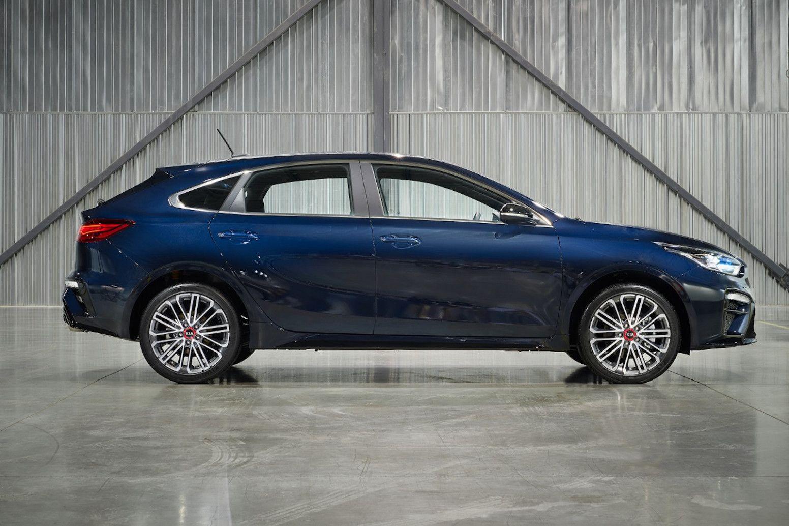 11 Picture 2020 Kia Forte Hatchback In 2020 Kia Forte Kia Hatchback
