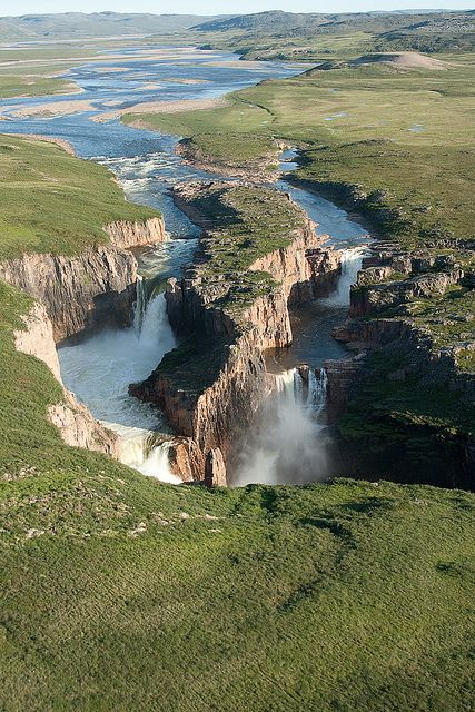 ✮ Wilberforce Falls.|One of the few major waterfalls north of the Arctic Circle, located in the Wilberforce Gorge of the Hood River in Nunavut, Canadian Arctic Archipelago