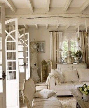 Home Design Inspiration For Your Living Room | Shabby Chic Romance ...