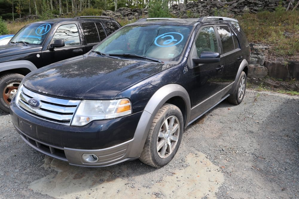 2008 Ford Taurus X Vin 1fmdk02w28ga44190 6 Pass Cross Over Mileage 45413 Title Available Starts Vehicles Suv Suv Car