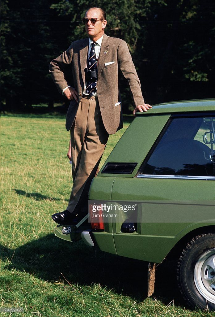 Prince Philip Duke Of Edinburgh Standing On His Range Rover Car Prince Philip In 2019 Prince