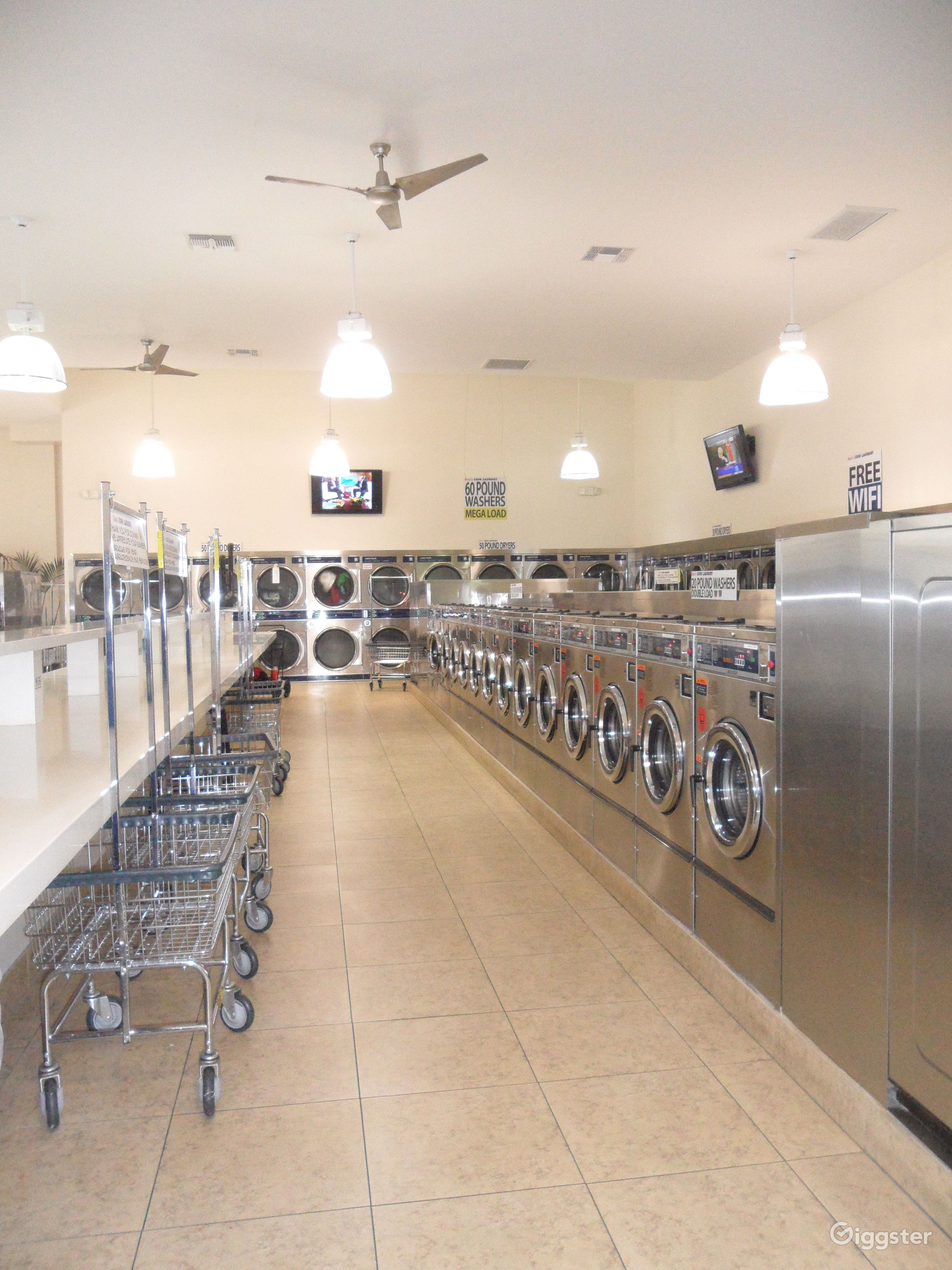 The Perfect Laundromat Coin Laundry Space Rent This Location On