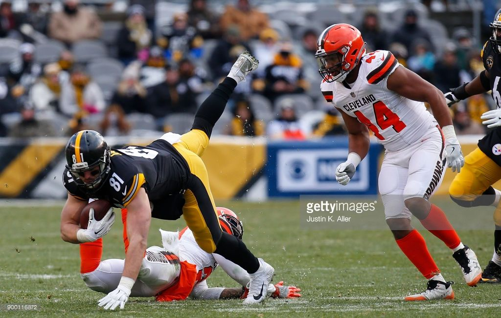 News Photo Jesse James of the Pittsburgh Steelers is