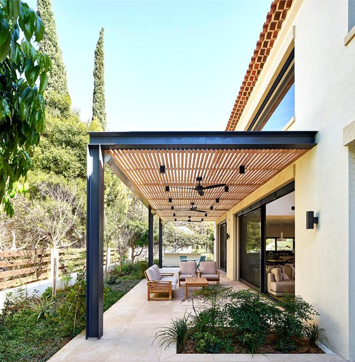 Provence Mansion With A Modern Twist