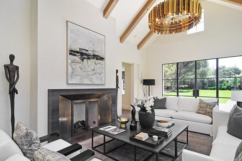 Discover This Celebrity Home Stager S Decor Secrets Home Staging