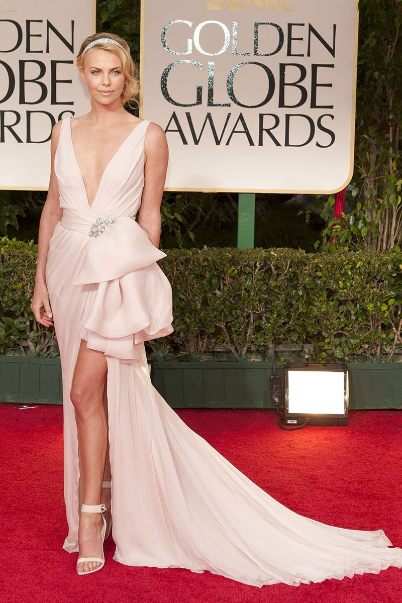 Charlize theron sexy vneck pink prom dress golden globes awards red