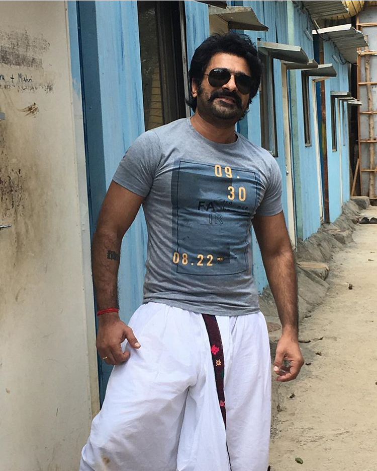Eijaz Khan - Wiki, age, girlfriend, family, biography and more