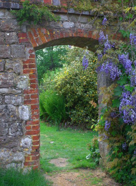 Knole house gardens west kent uk garden gates fences for Garden trees kent