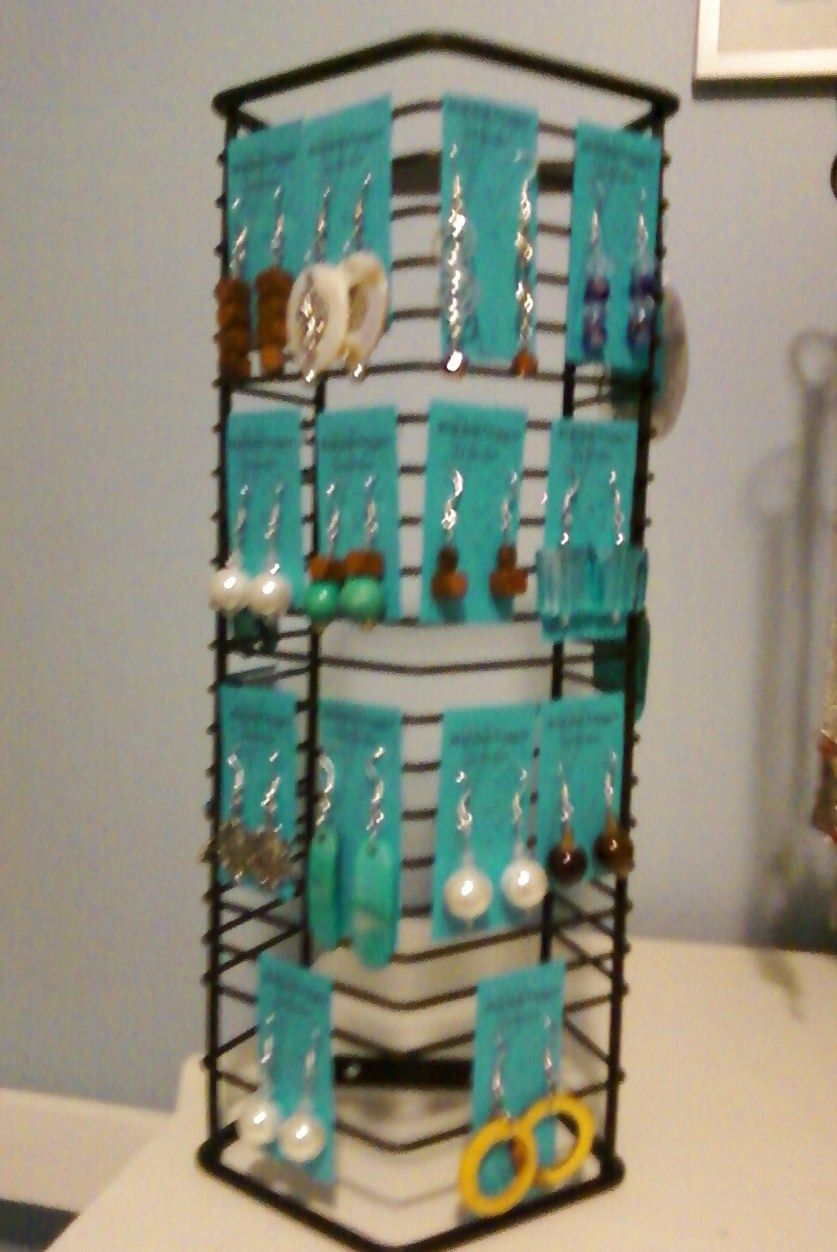 Wire CD rack into Earring display! Could also be used to hang wire ...