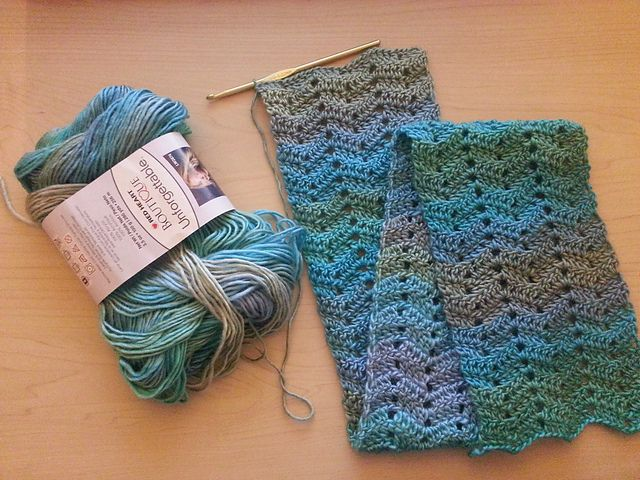 Ravelry Project Gallery For One Skein Chevron Scarf Pattern By Dena