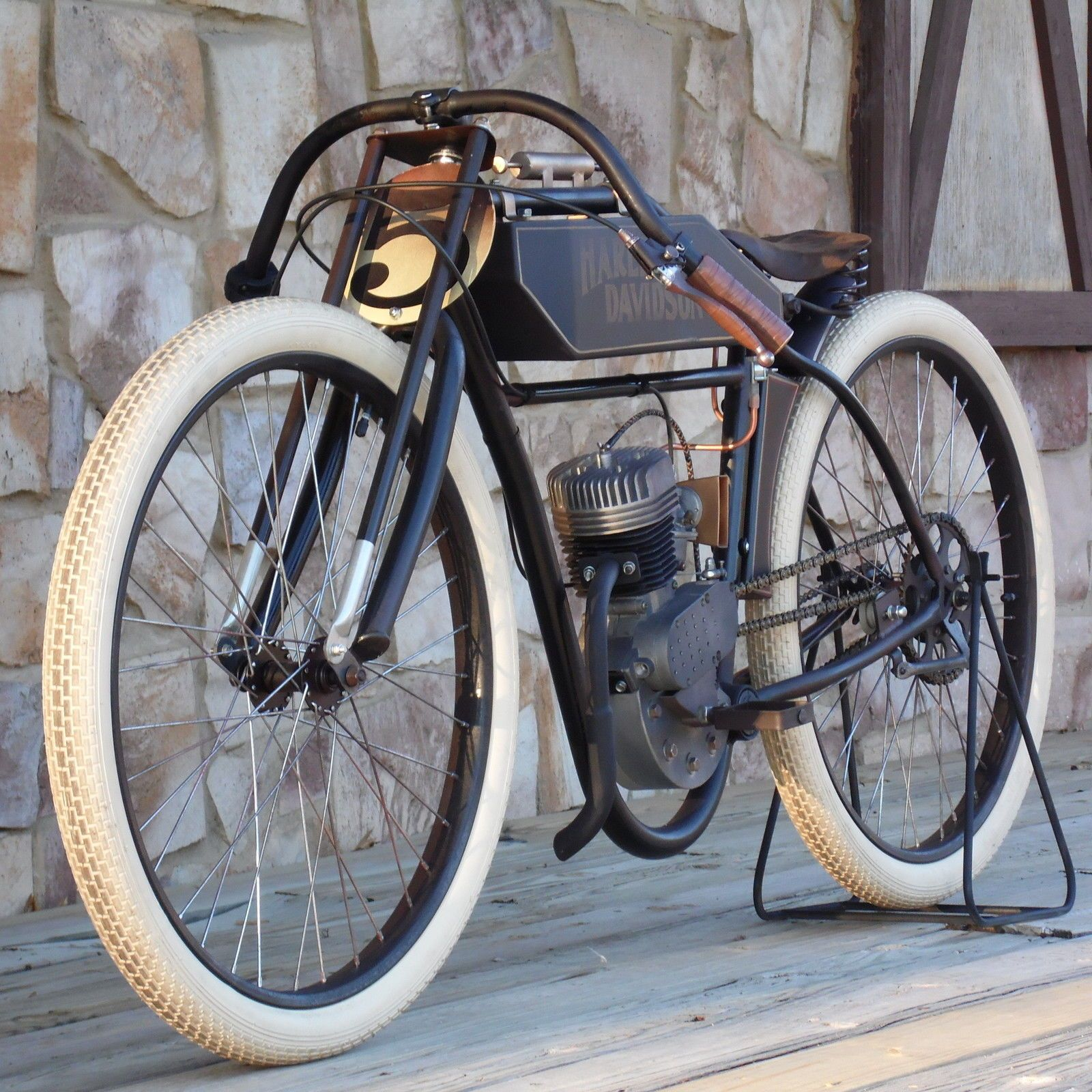 1900 Replica Kit Makes Bentley: Harley Davidson Boardtrack Racer Replica