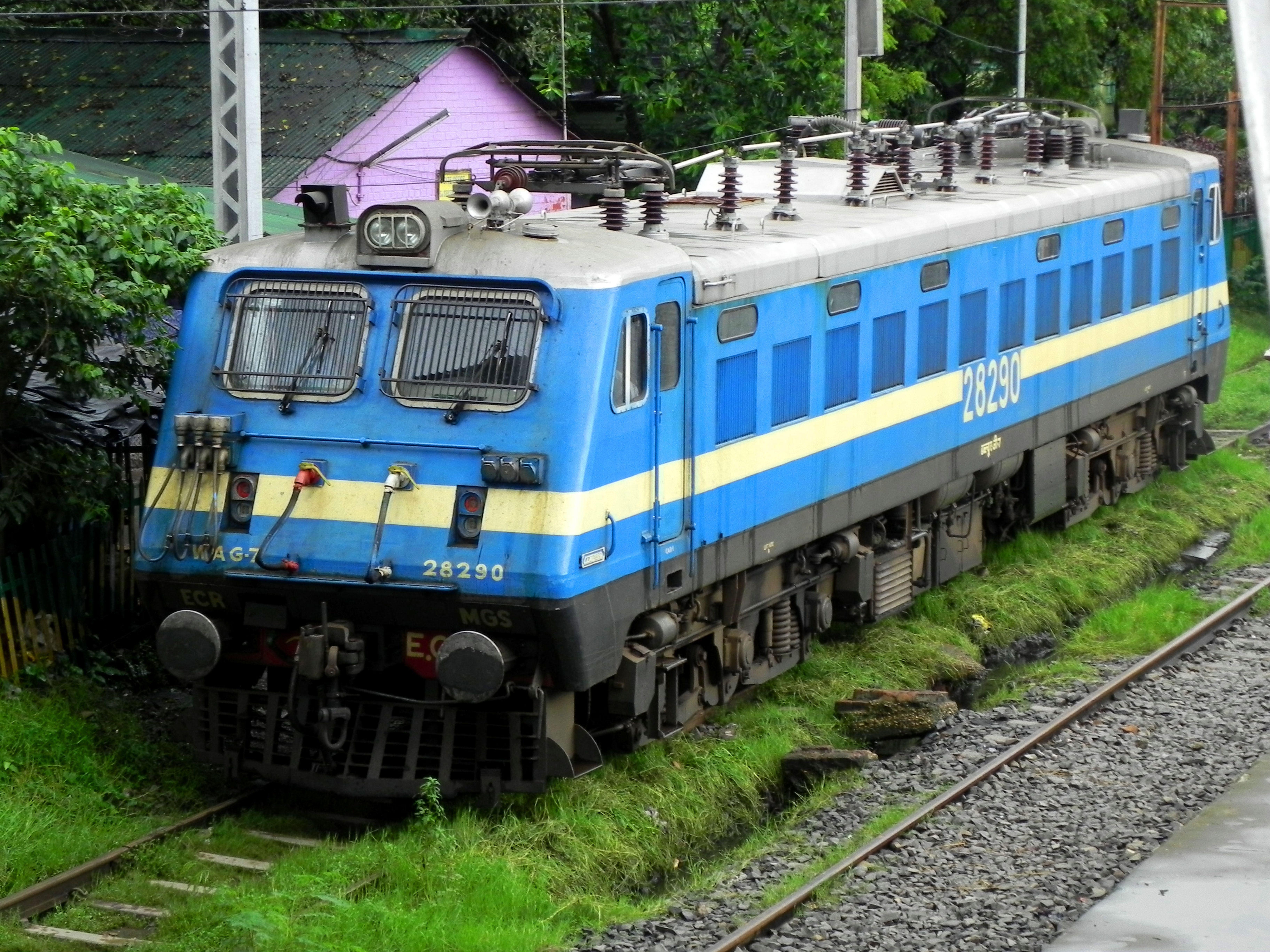 WAG7_locomotive_of_MGS_shed.jpg (7296×5472)