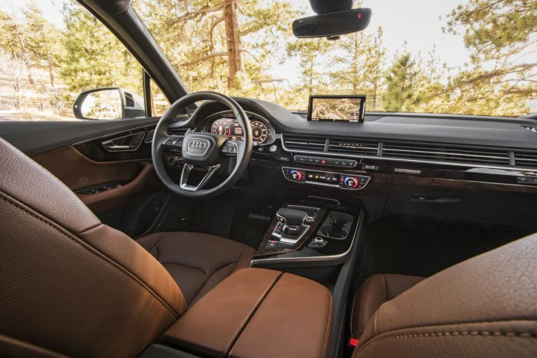 Brown 2017 Audi Q7 Interior