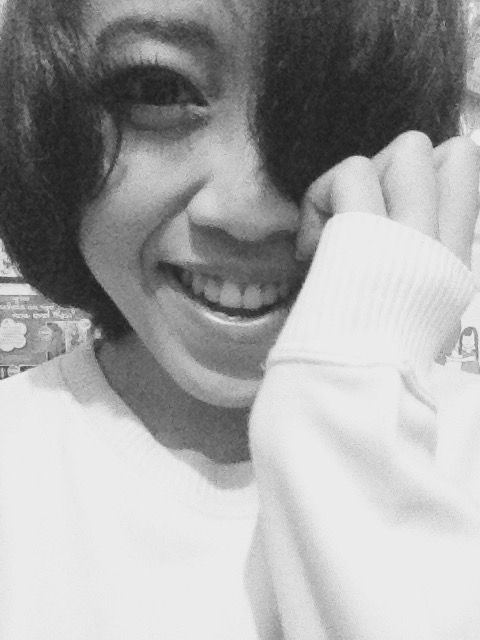 This is how I look when I smile, bored in my room #maria ...