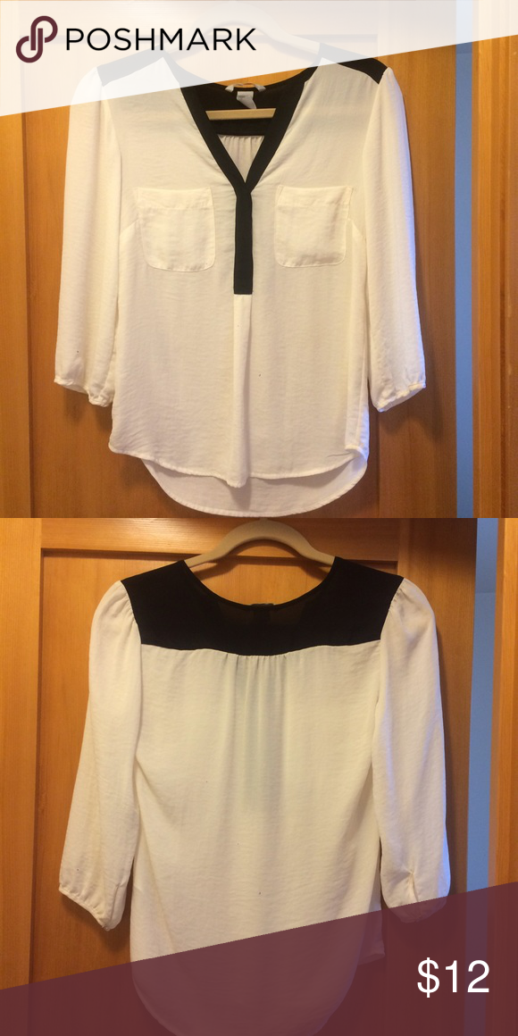 913594e711 H M dressy white and black 3 4 sleeve top! Adorable sheer black and white  top- I can wear a nude bra under it and nothing shows. Just dry cleaned for  you!