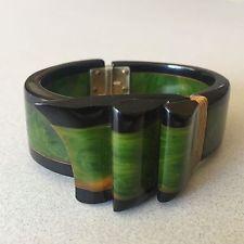 Vtg Green Marble & Black Bakelite Laminate Bow Bracelet Hinged Chunky Clamper