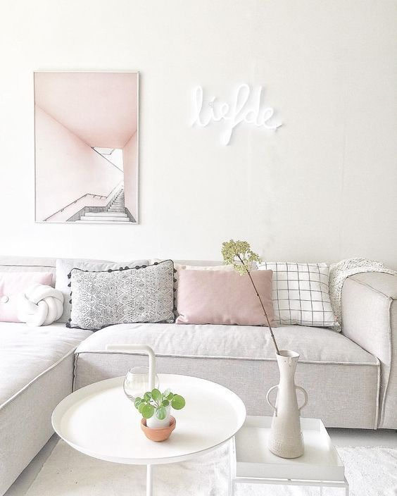 9 Gorgeous White Grey And Pink Interiors That Make You Dream Daily Dream Decor Room Decor Living Room Decor Inspiration Living Room Decor