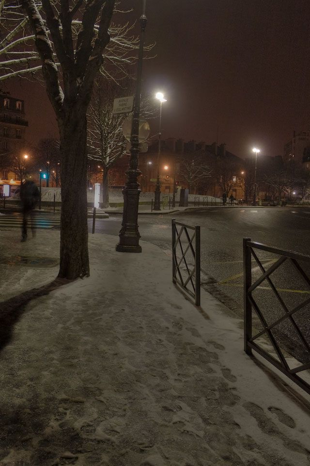 Night Walk In Snow And Ice Place De La Nation Paris Snow Night Paris Snow Night Walking